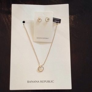 Banana Republic necklace earrings gold jewelry new